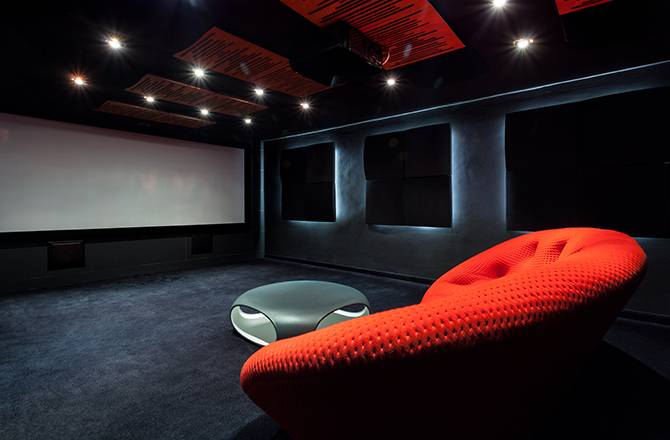 Aménager un garage en home cinema