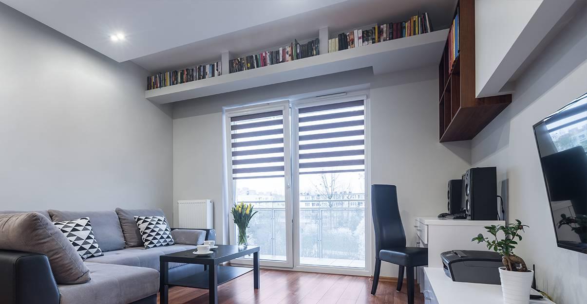 Aménager un petit appartement :  exploiter toute la hauteur pour le rangement