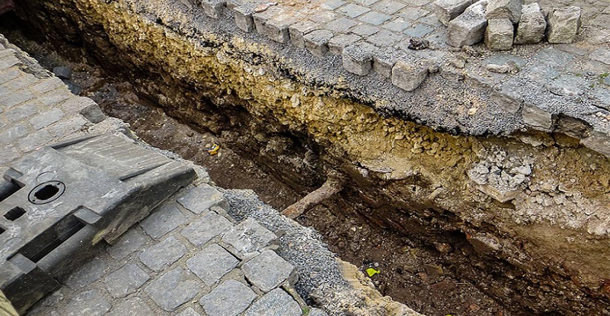 Canalisations: creuser une tranchée lors d'une rénovation