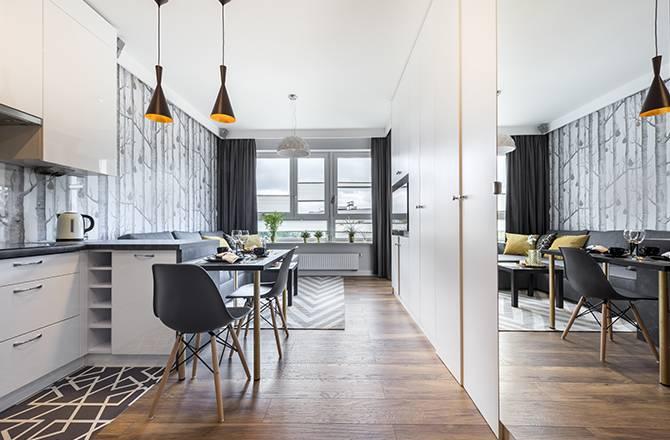 Aménager un petit appartement : le miroir donne une sensation d'espace