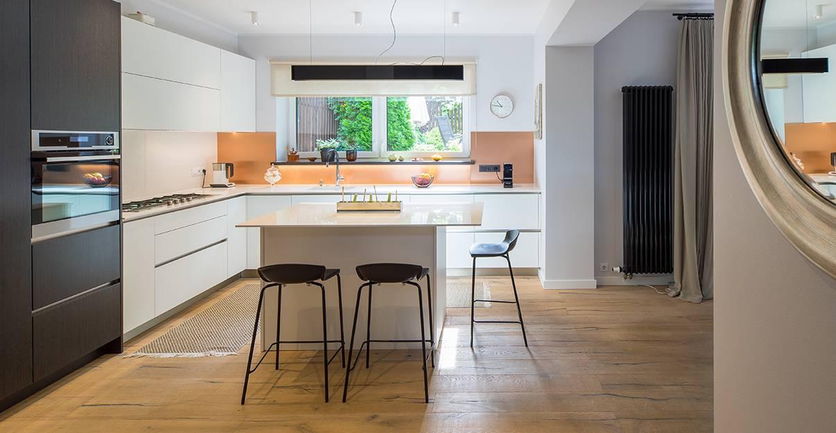 Revêtement de sol de cuisine : quid du parquet ?