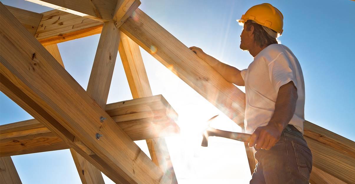 Faire appel à un charpentier qualifié