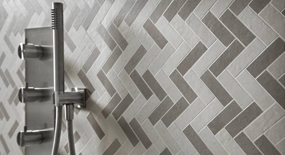 Choisir le revêtement mural de douche