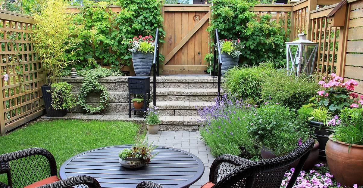 Petit jardin: jouez sur les différents niveaux