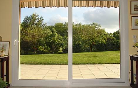 Choisir une baie vitrée : l'ouverture coulissante