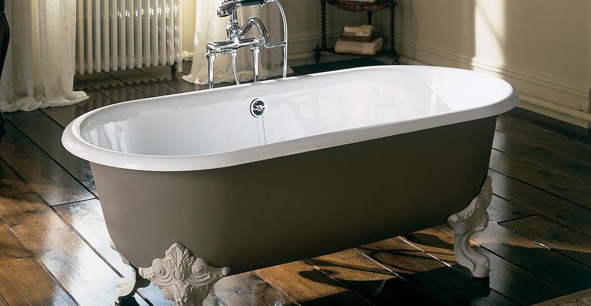 baignoire ilot au style rétro