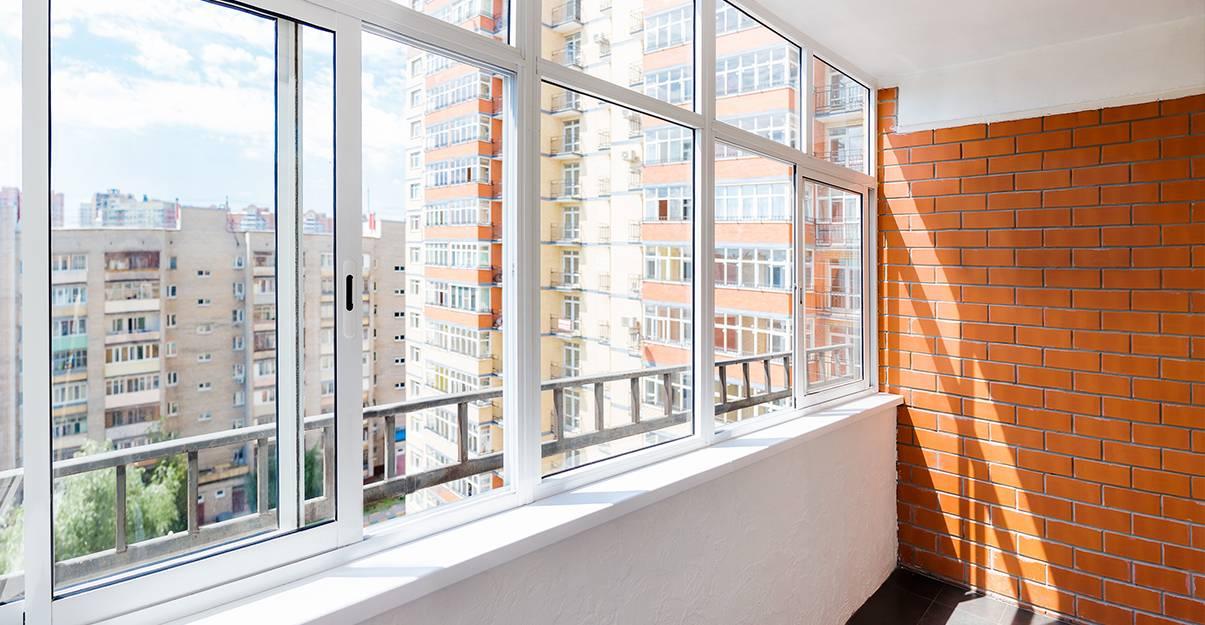 La loggia : fermer le balcon existant