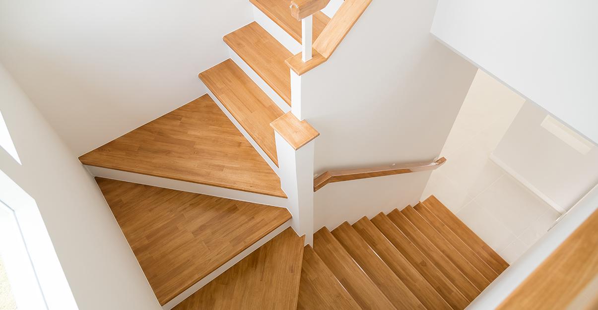 Poser un escalier neuf