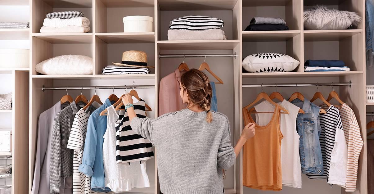 Dressing : organiser selon la logique de silhouette