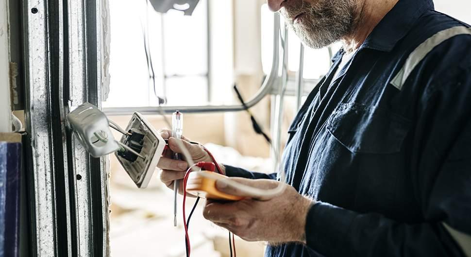 Conseils pour bien choisir son électricien