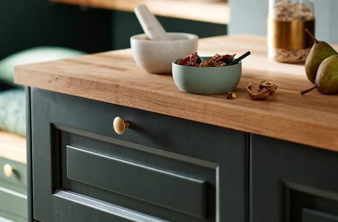 Le choix du bois pour les façades de la cuisine