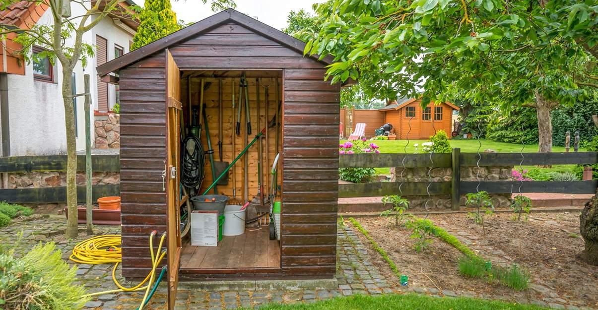 Abri de jardin : pensez aux réseaux