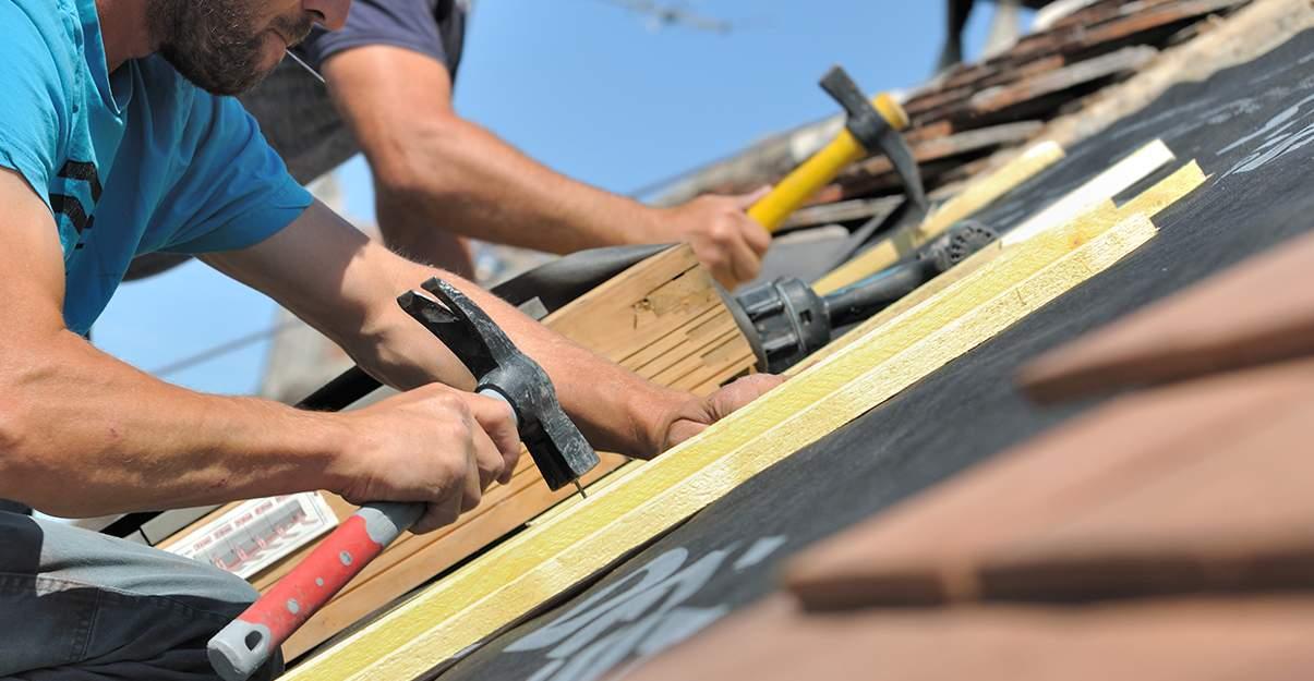 Rénovation de toiture: le domaine du couvreur