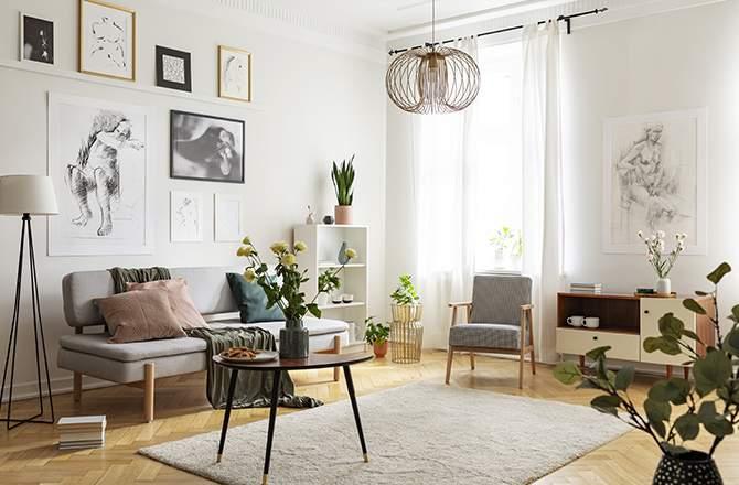 Salon: des lampadaires pour l'éclairage secondaire