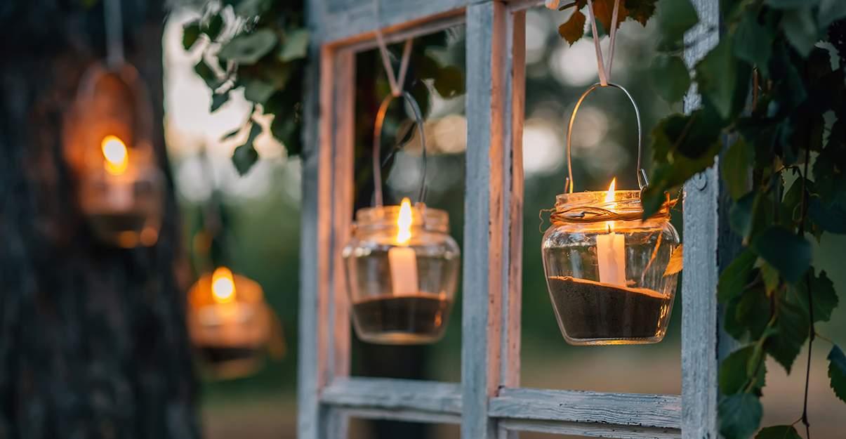 Illuminer un jardin: les bougies