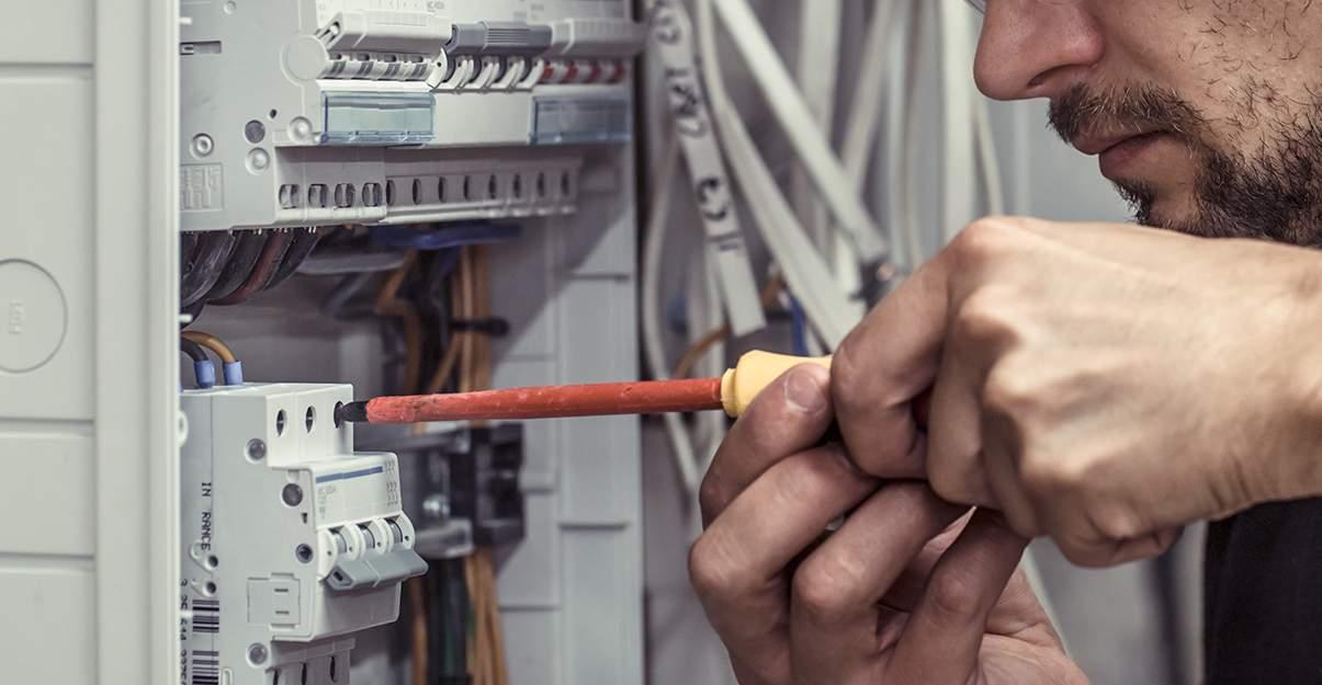 Faire appel à un électricien