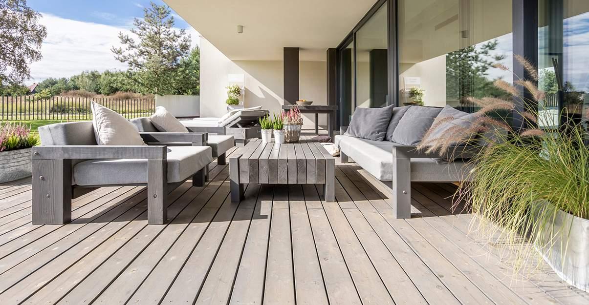 Terrasse en bois : un entretien exigeant.