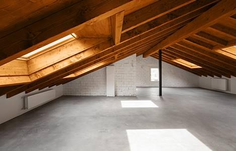 Aménagement de comble, pente de toit et hauteur sous plafond
