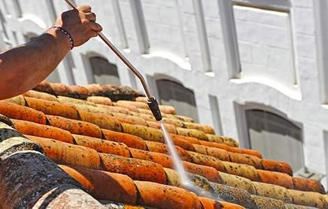 Artisan couvreur et nettoyage de toiture