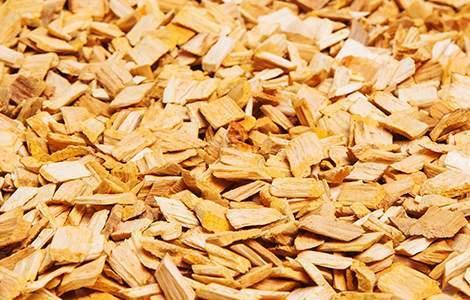 Les plaquettes de bois, simples et économiques