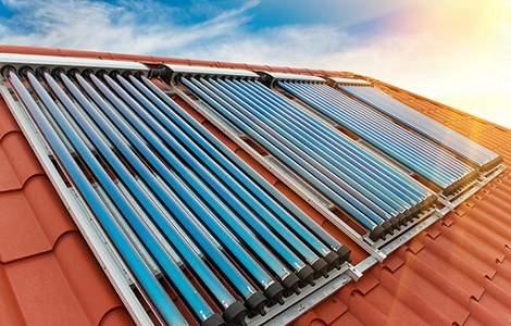Capter la chaleur du soleil grâce aux capteurs solaires à tube