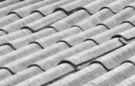 le toit en fibrociment