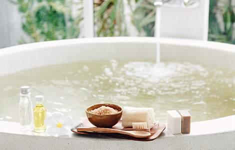 Baignoire ilot ronde et esprit spa