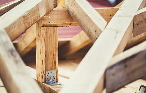 la charpente en bois industrielle