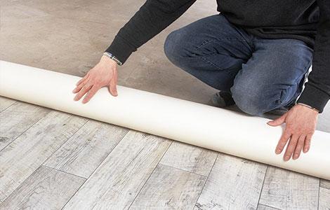 Choisir un sol en PVC : le format rouleau