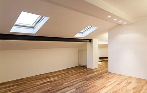 fenêtre de toit et luminosité