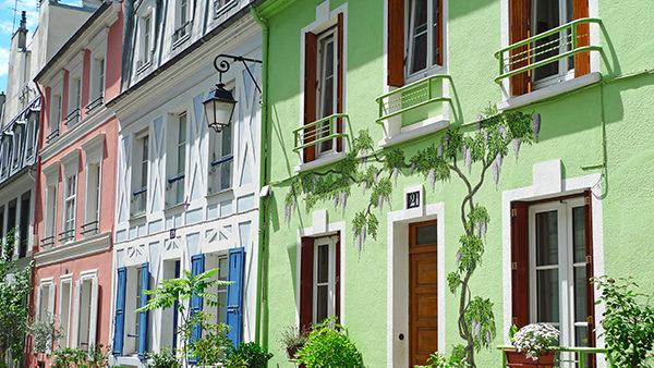 Peinture et bardage pour les façades