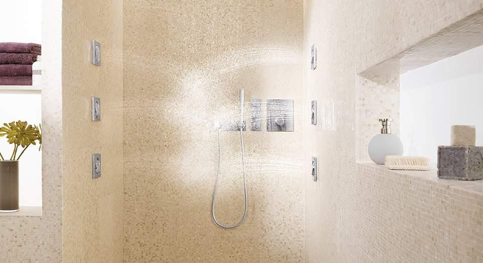 Colonne de douche hydromassante - La robinetterie de salle de bains