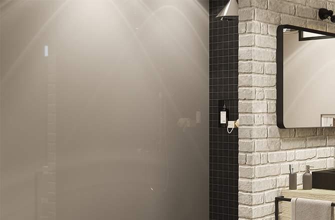 Un revêtement mural de douche en verre laqué