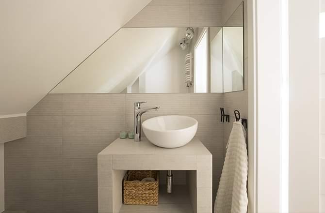 Salle de bain taupe design