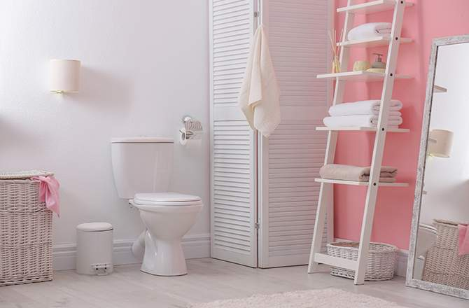 Salle de bain:  le rose par touche