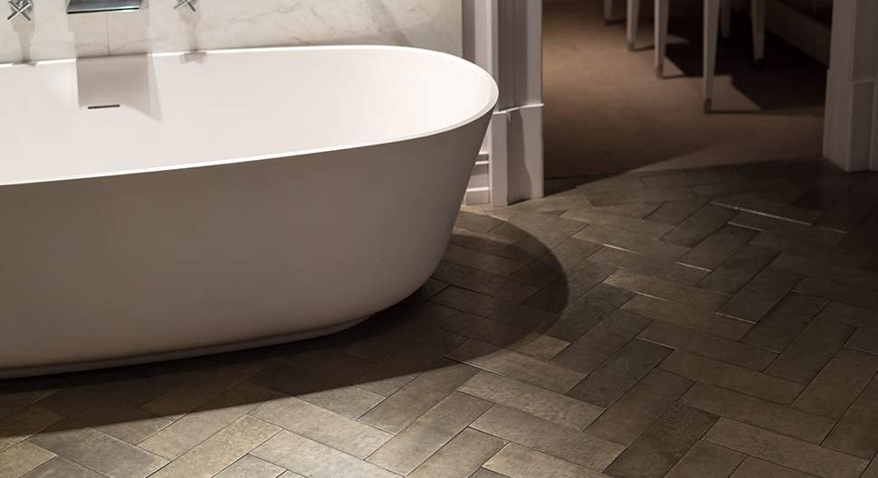 Choisir son sol de salle de bains