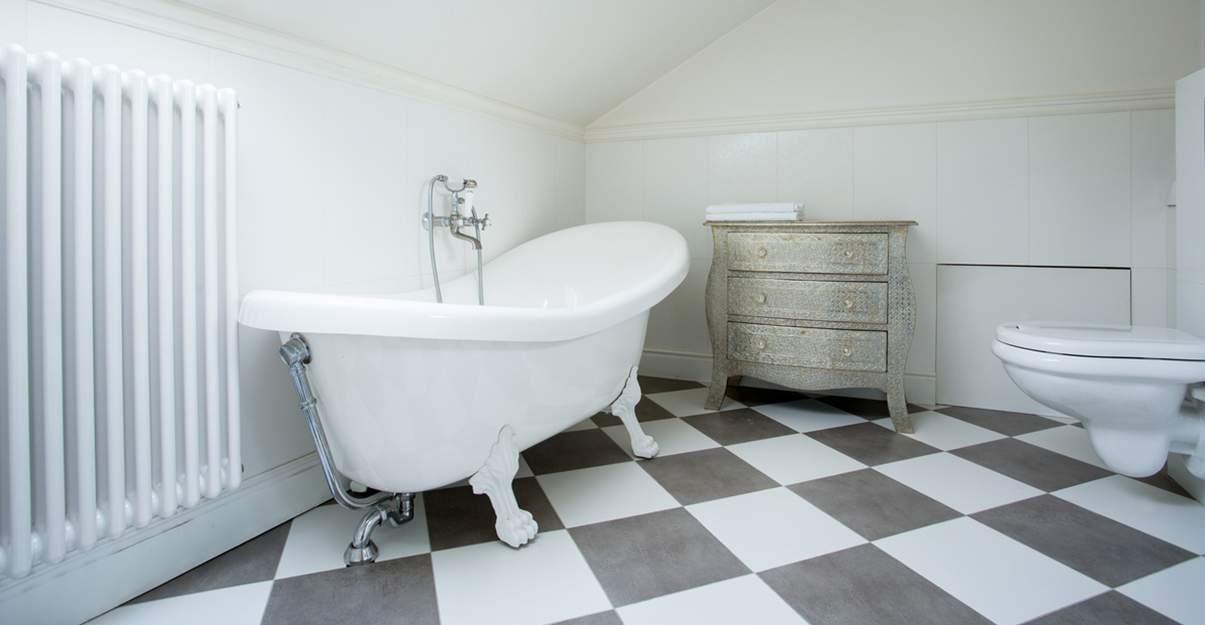 Pratique: le sol de salle de bains PVC
