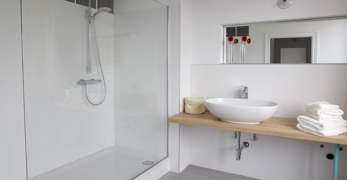 Remplacer sa baignoire par une douche: la taille