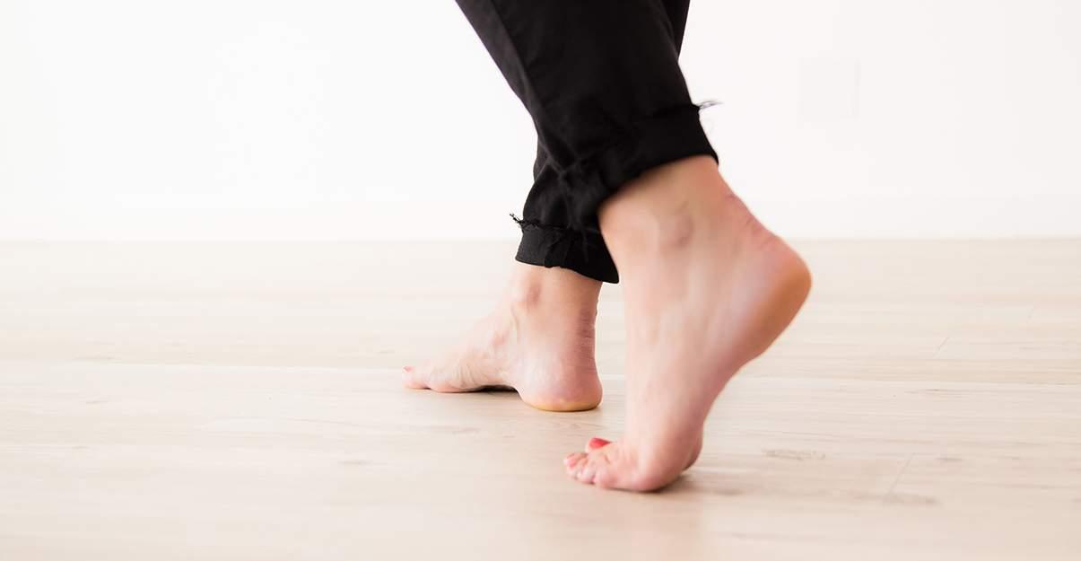 Isoler phoniquement le plancher pour moins de bruits dans la pièce du dessous