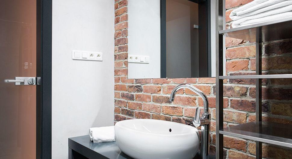Revêtements pour salle de bain industrielle