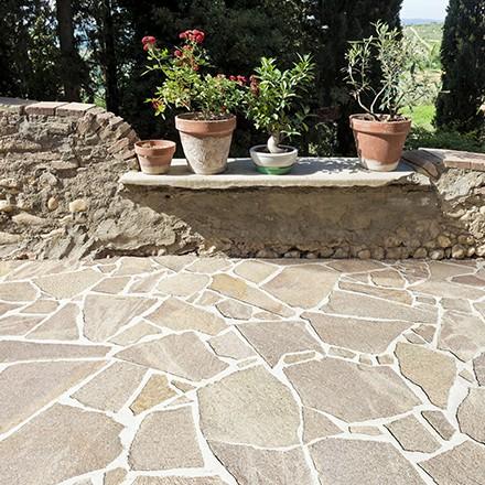 Terrasse en pierre: le quartzite
