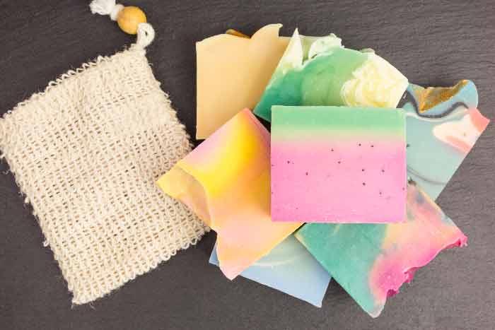 recycler le savon en parfum d'armoire