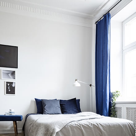 Abaisser un plafond trop haut pour un intérieur plus cosy