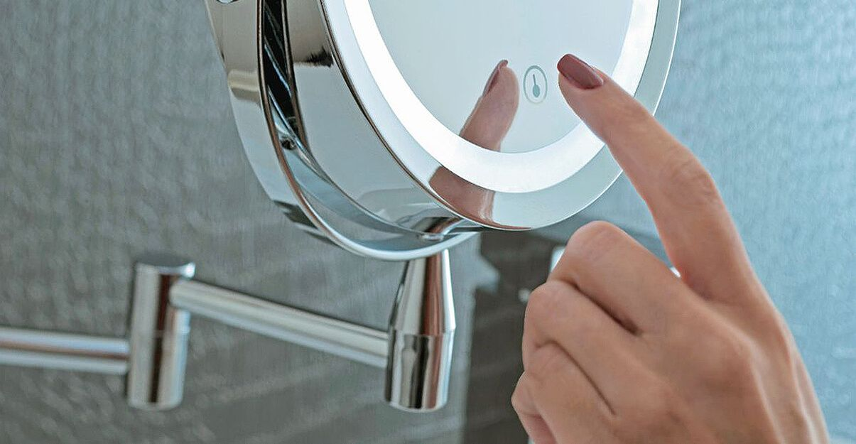 Miroir loupe retroéclairé