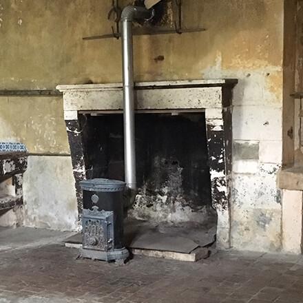 démolition cheminée abimée