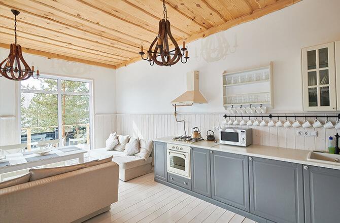 Finition pour plafond bois