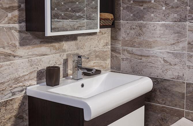 travertin salle de bain gris