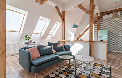fenêtre de toit et pente de toiture