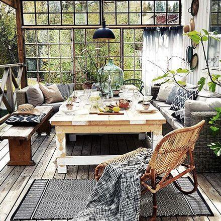 Couvrir une terrasse: véranda et déco