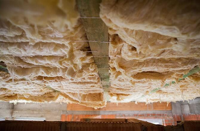 Isolation d'un plancher bois en sous face